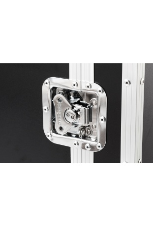 Recessed butterfly latches